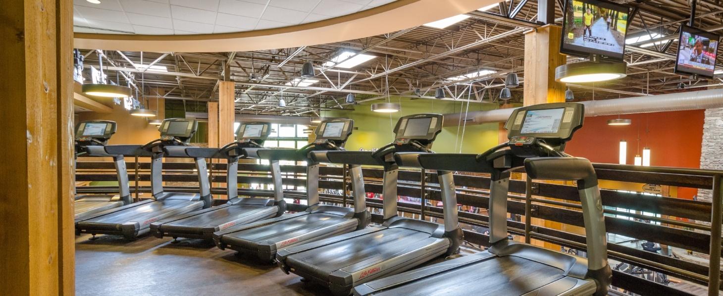 Newnan Sports Club Treadmills