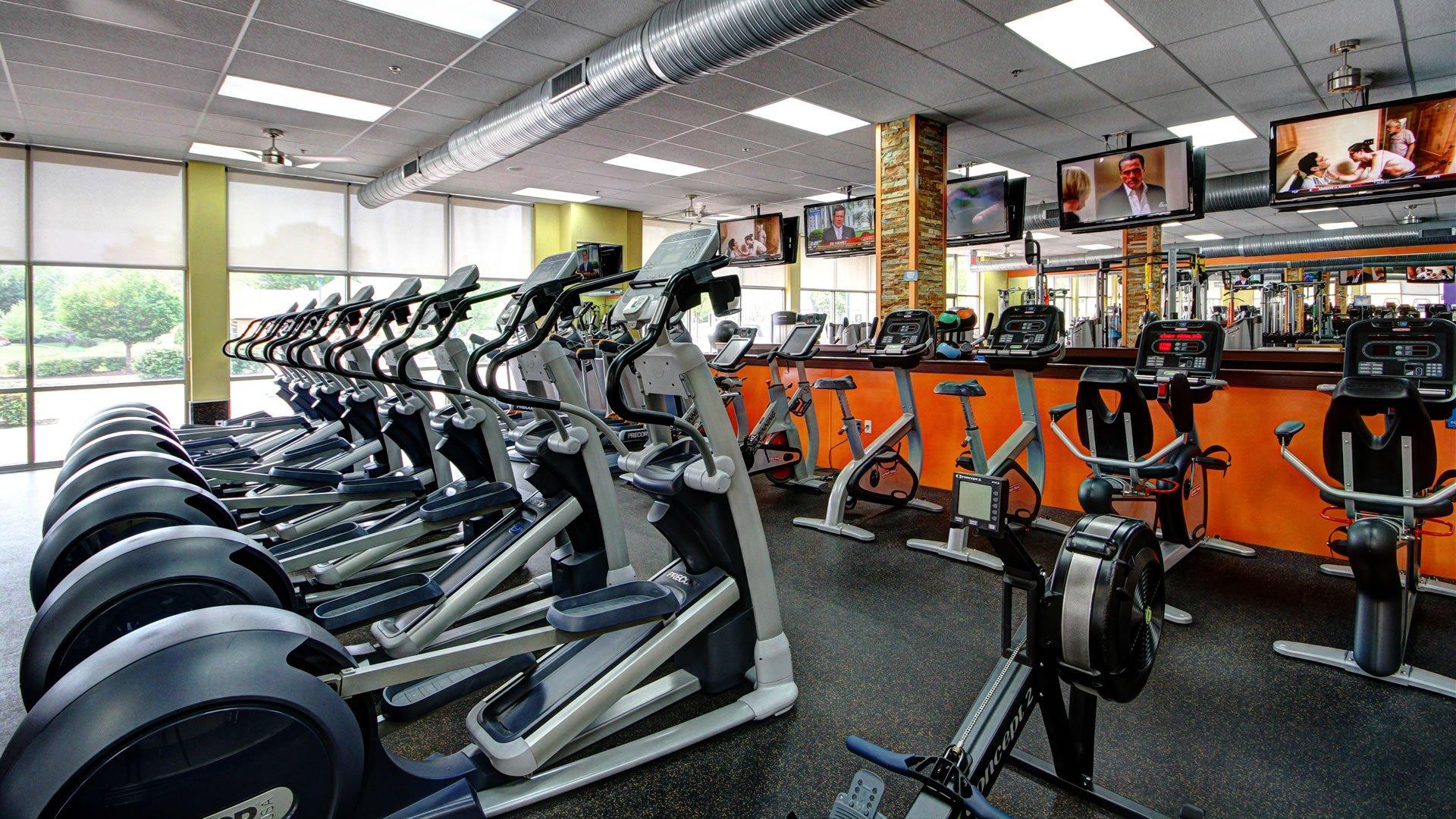 Newport News 24 Hour Xpress Gym